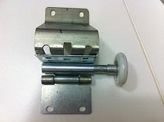 [:pt]Cavalete com rodizio para portões seccionados[:en] Hinge with roller for sectional doors[:es]Bisagra con rodillo para puertas seccionales[:]